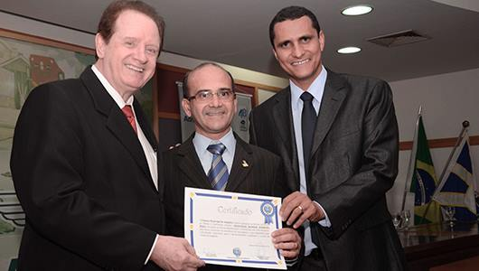 Sessão Solene realizada na ACIA marca homenagem ao Dia do Administrador