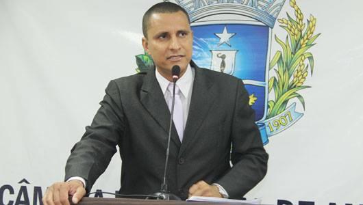 Sgt. Pereira Júnior pede que secretaria de Educação reveja horário do Jardim I